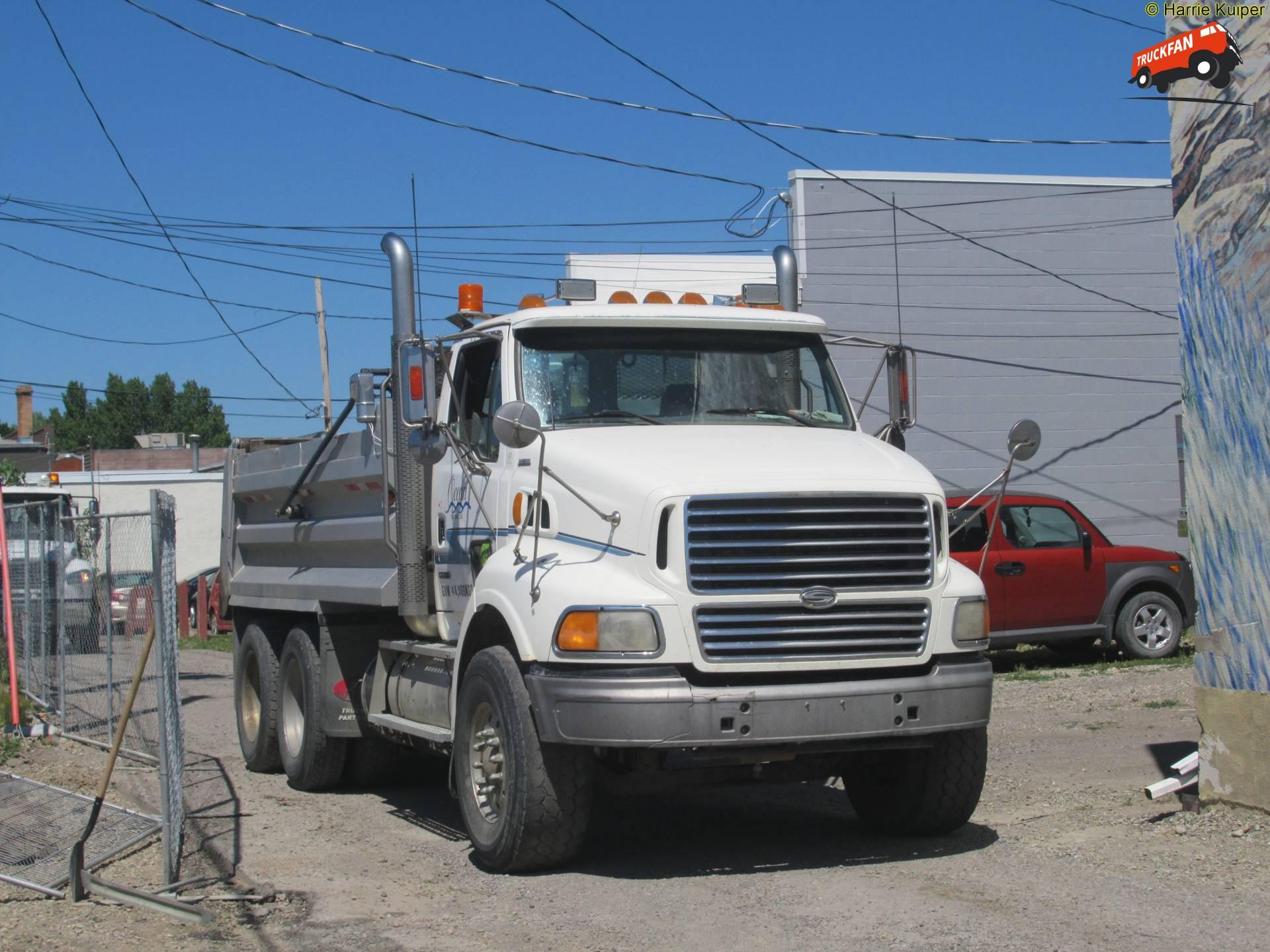 vrachtwagen Sterling