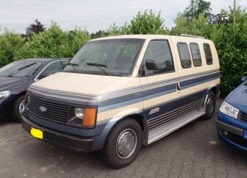Chevrolet Astro, foto van dickt
