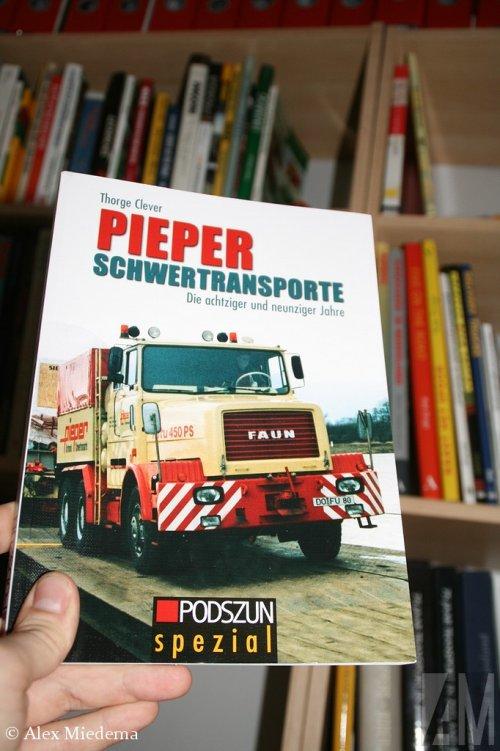 Faun boek, foto van Alex Miedema
