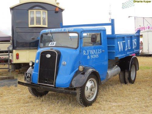 Fordson 7V ST (vrachtwagen), foto van oldtimergek