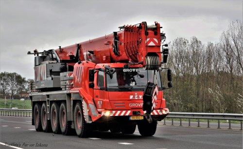 Grove GMK5130 (vrachtwagen), foto van pierius-van-solkema