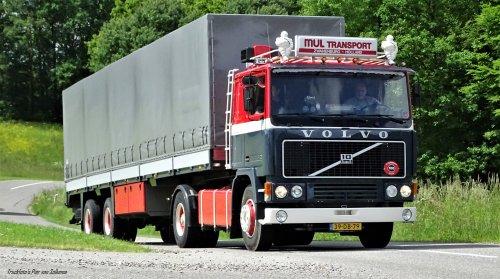 Volvo F10 (vrachtwagen), foto van pierius-van-solkema
