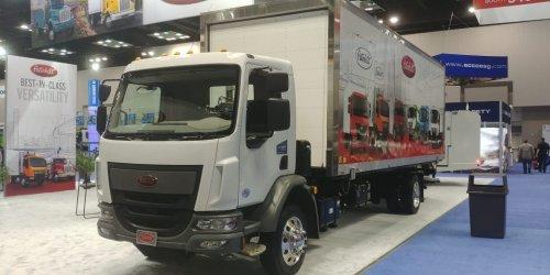 Peterbilt 210 (vrachtwagen), foto van BoudewijnVanBeek
