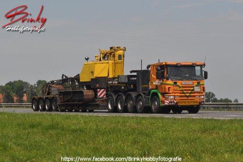 Scania 124 (vrachtwagen), foto van Wim van den Brink