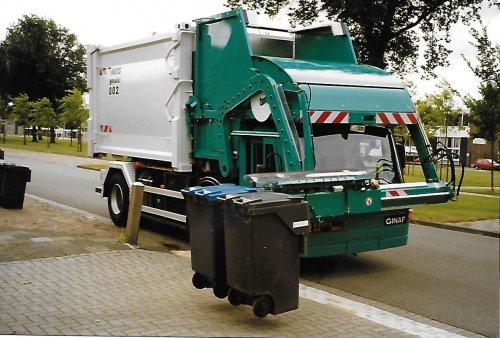 GINAF R2121-S (vrachtwagen), foto van Arnold Tamminga