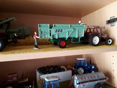 Landbouw miniaturen 1:32 Fiat, foto van tombo