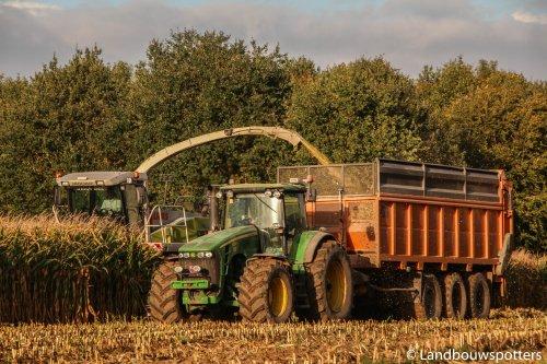 John Deere 8330, foto van tractorfreek