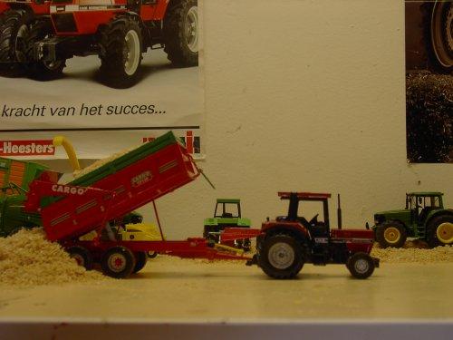 Landbouw miniaturen 1:32 Case, foto van wiegehts