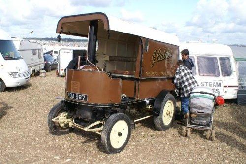 Locomobile steamvan, foto van Alex Miedema