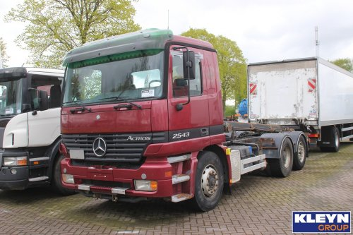 Foto mercedes benz actros mp1 1159314 for Mercedes benz katy