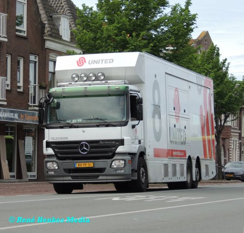 Mercedes-Benz Actros MP2 van René