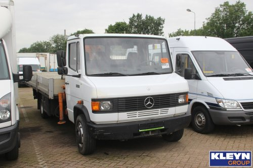 Foto mercedes benz t2 1174566 for Mercedes benz katy