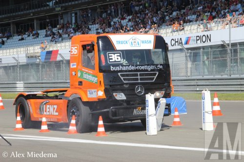 Mercedes-Benz Axor MP2, foto van Alex Miedema