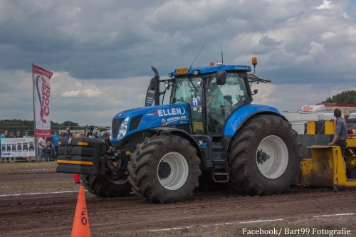 New Holland T 7.270, foto van bart99