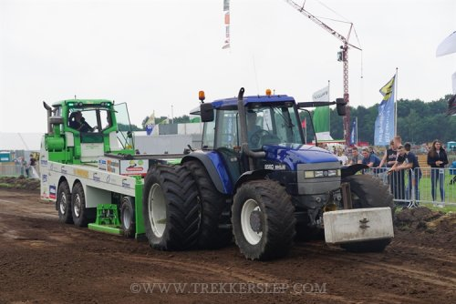 New Holland 8560, foto van brentnage