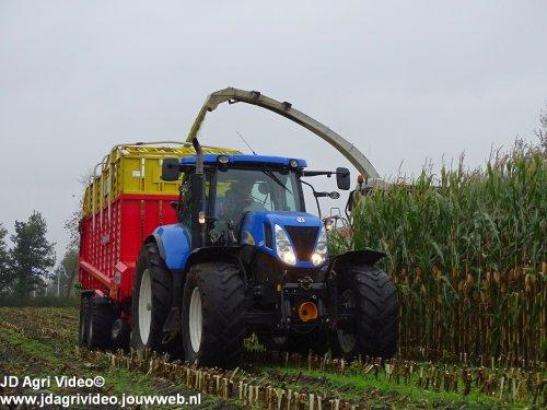 New Holland T 7050, foto van JohanNunspeetElspeet