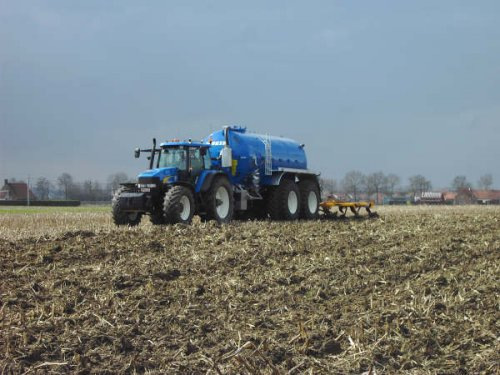New Holland TM 190, foto van aarone