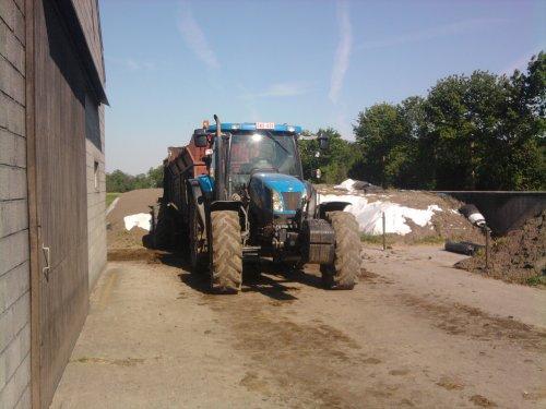 New Holland TS 125 A, foto van New Holland t5060