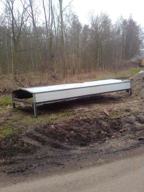 Onbekend Vrachtwagen, foto van vastgereden
