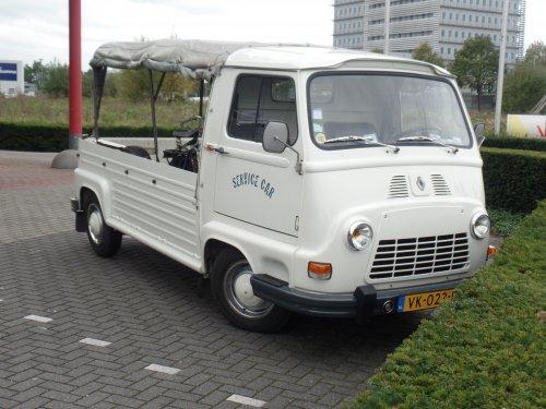 Renault Estafette van dickt