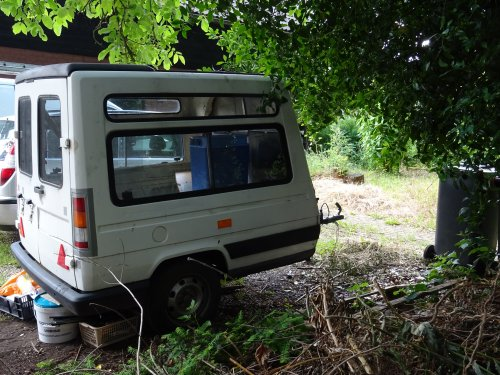 Renault Express, foto van dickt