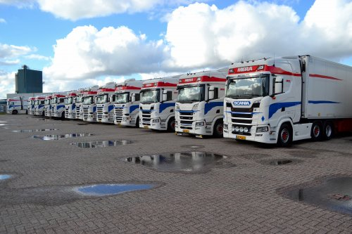 Scania meerdere, foto van Lucas Ensing