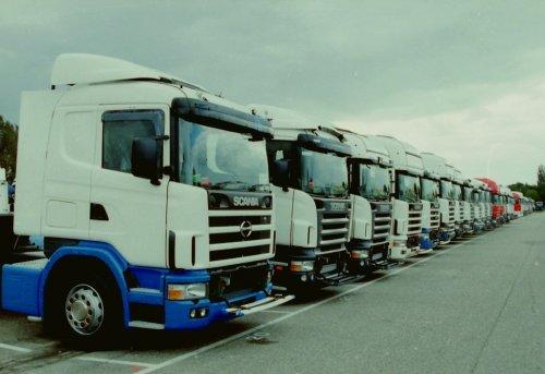 Scania-Hino 124 (vrachtwagen), foto van marco-havers