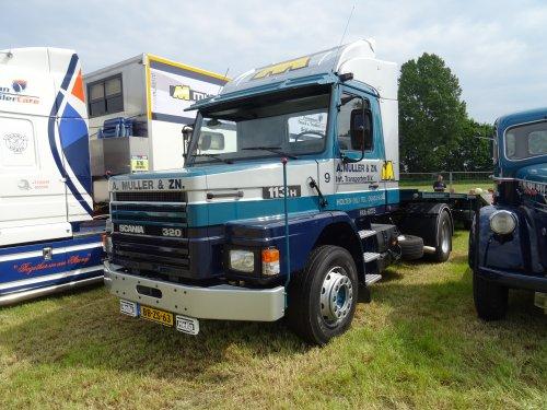 Scania 113, foto van dickt