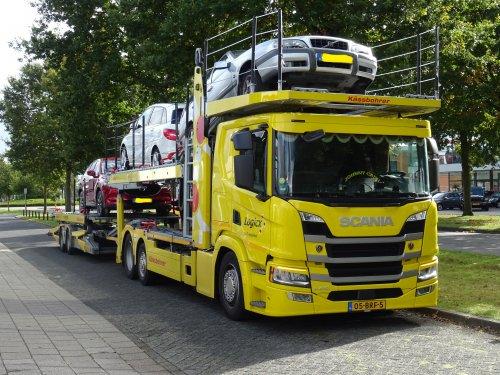 Scania P410, foto van dickt