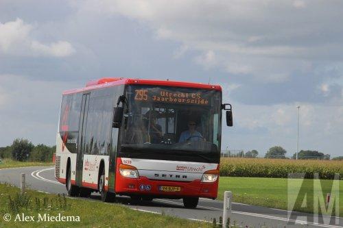 Setra S415LE (bus), foto van Alex Miedema