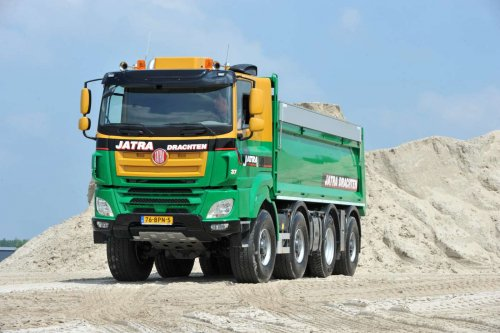 Tatra Phoenix, foto van Truckfan Nieuwsposter