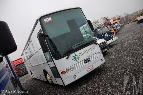 Van Hool touringcar, foto van Alex Miedema