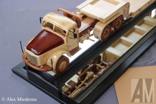 Volvo miniatuur, foto van Alex Miedema