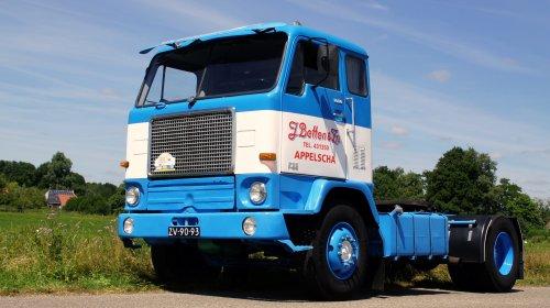 Volvo F88, foto van wietze-koopmans