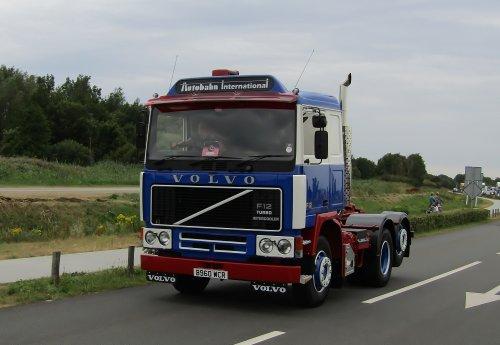Volvo F12, foto van Lucas Ensing