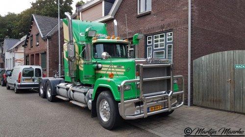 mack RW (Superliner) (vrachtwagen), foto van MartijnM71