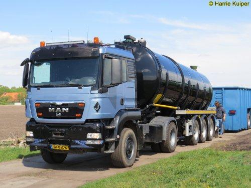 vrachtwagen M.A.N., foto van oldtimergek
