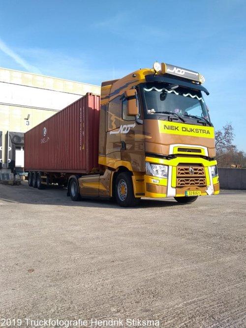 vrachtwagen Renault, foto van hendrik-stiksma