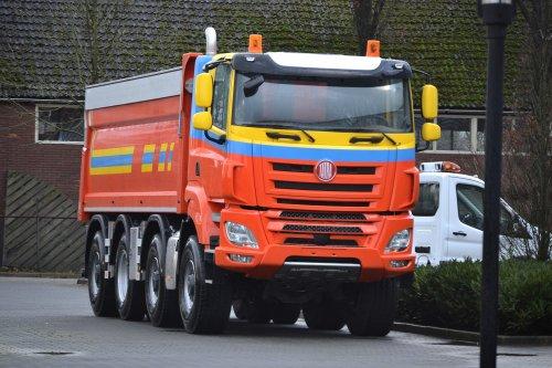 vrachtwagen Tatra, foto van coen-ensing