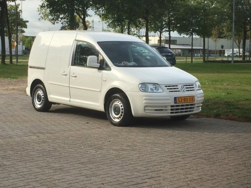 VW Caddy van user18