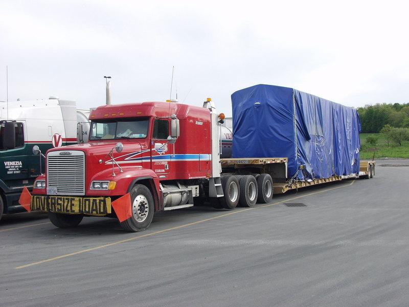 Freightliner FLD
