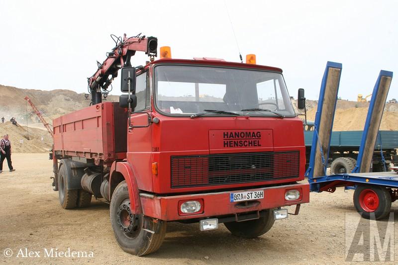 Hanomag-Henschel F161