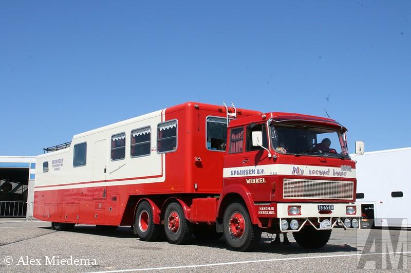 Hanomag-Henschel F221