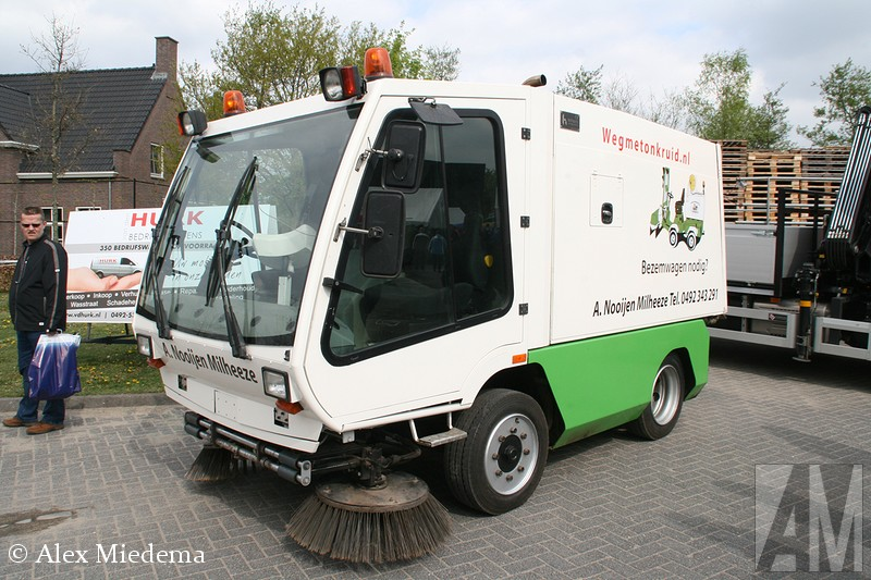 Hmf Hofmans veegmachine