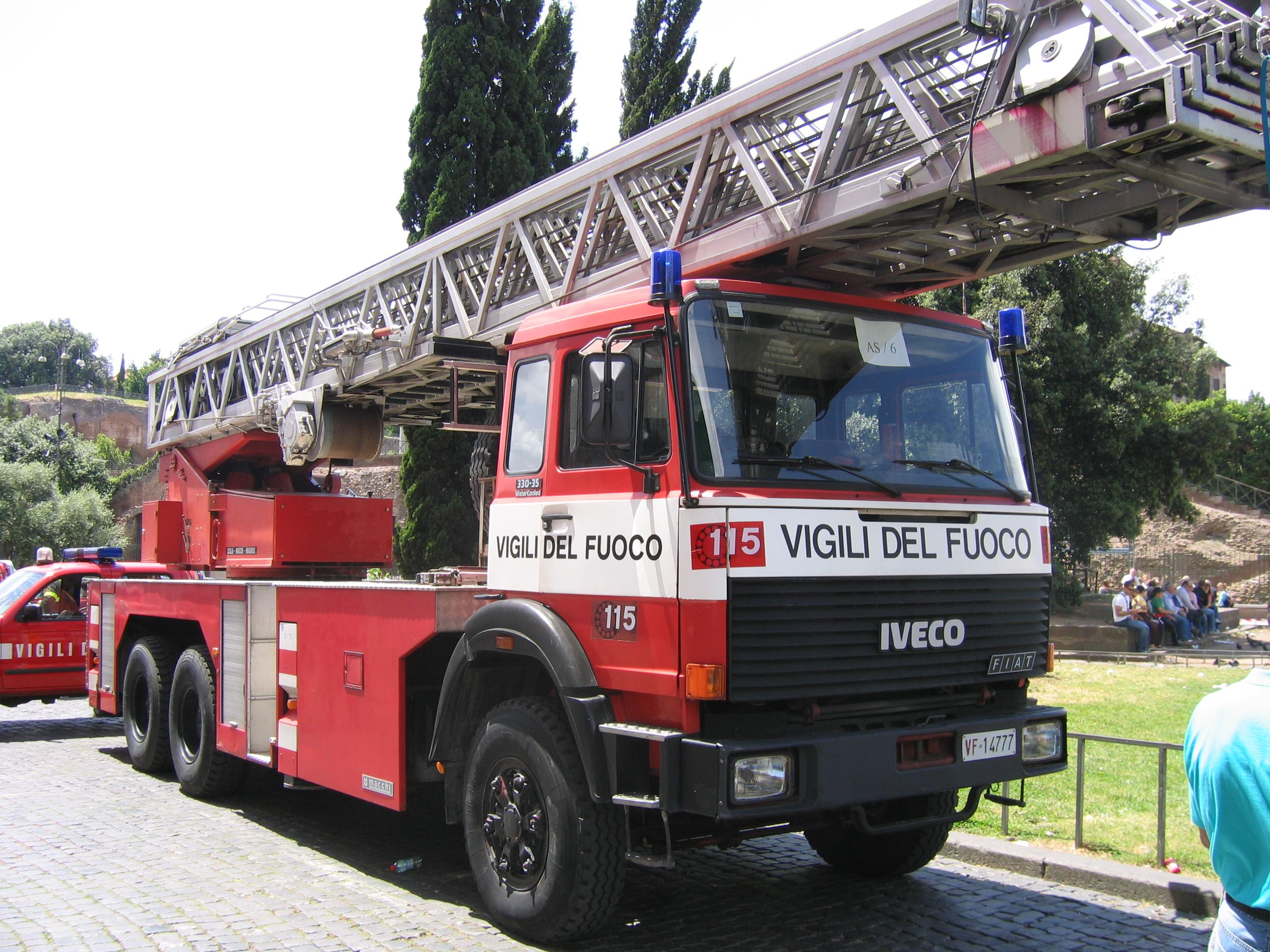 Iveco-FIAT 330-35