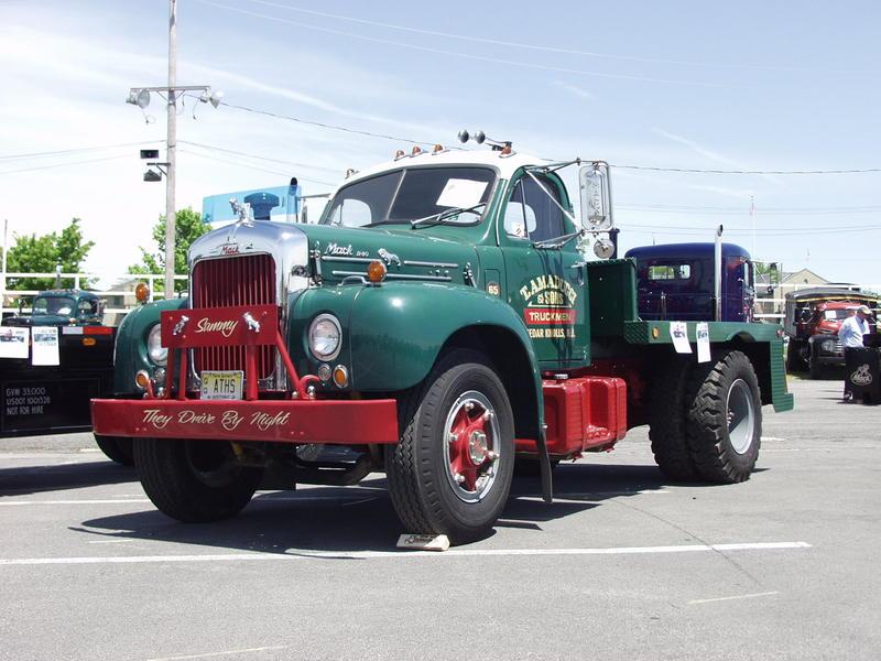 Mack B30
