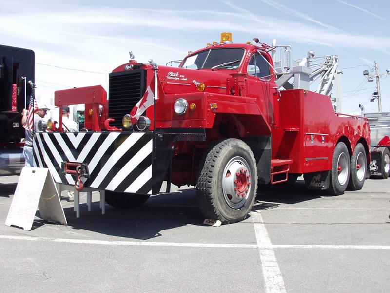 Mack B8136SX