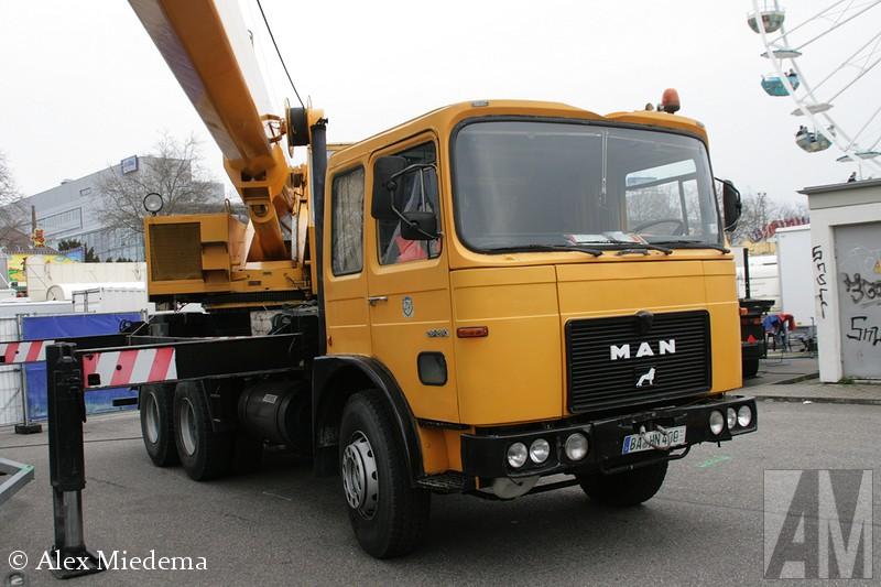 MAN F8