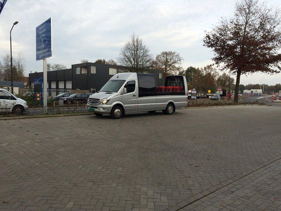 Omnibus Trading cabriobus