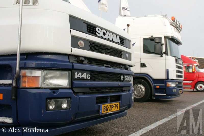 Scania T144